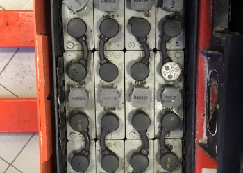 Wózek paletowy Linde T18 - 2011r. 1.8t. elektr.