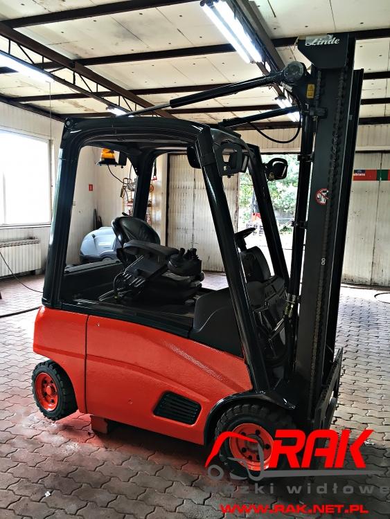 Wózek widłowy Linde E16P - 2008r. Elektr. 1.6t